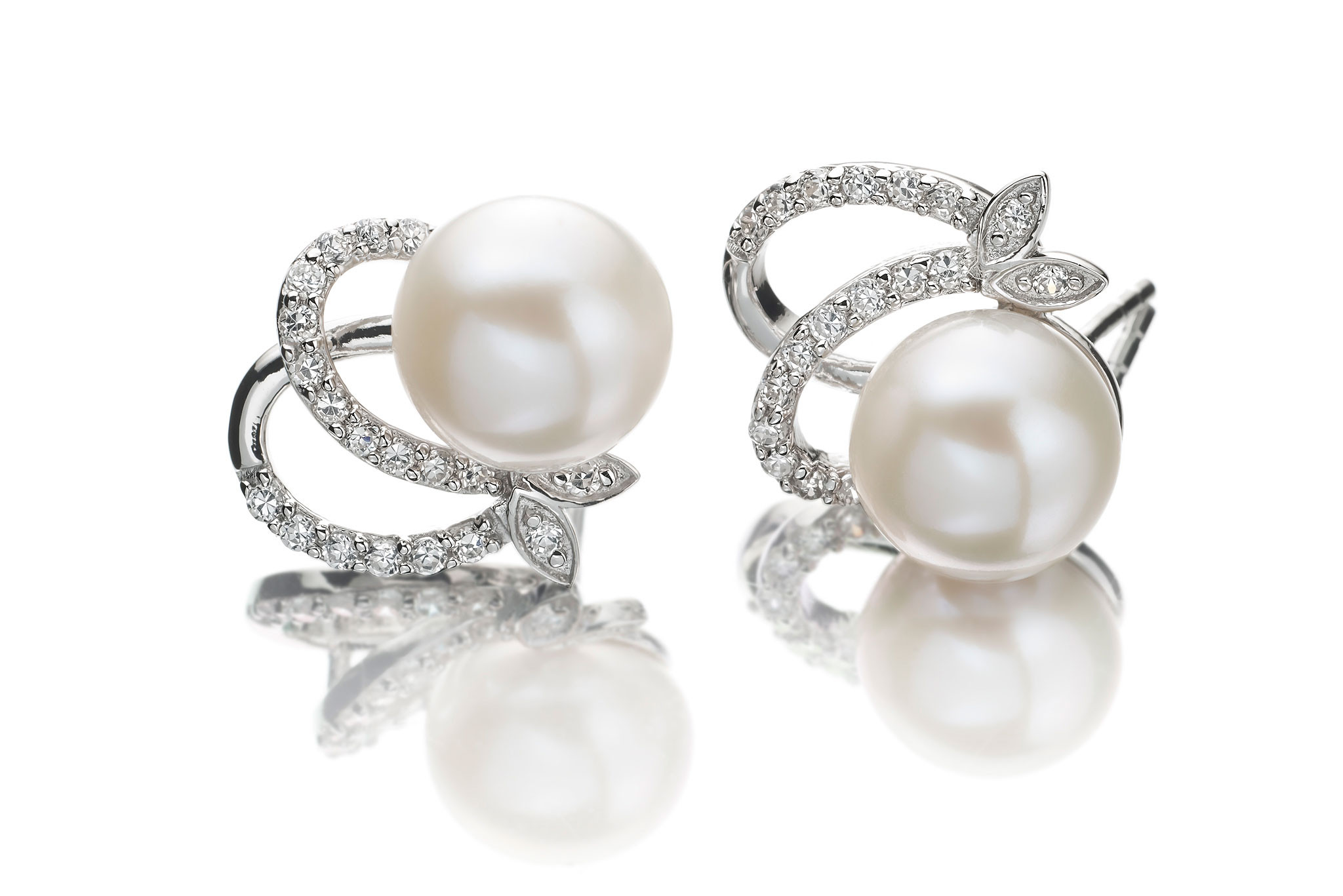 stud-pearl-earrings-4